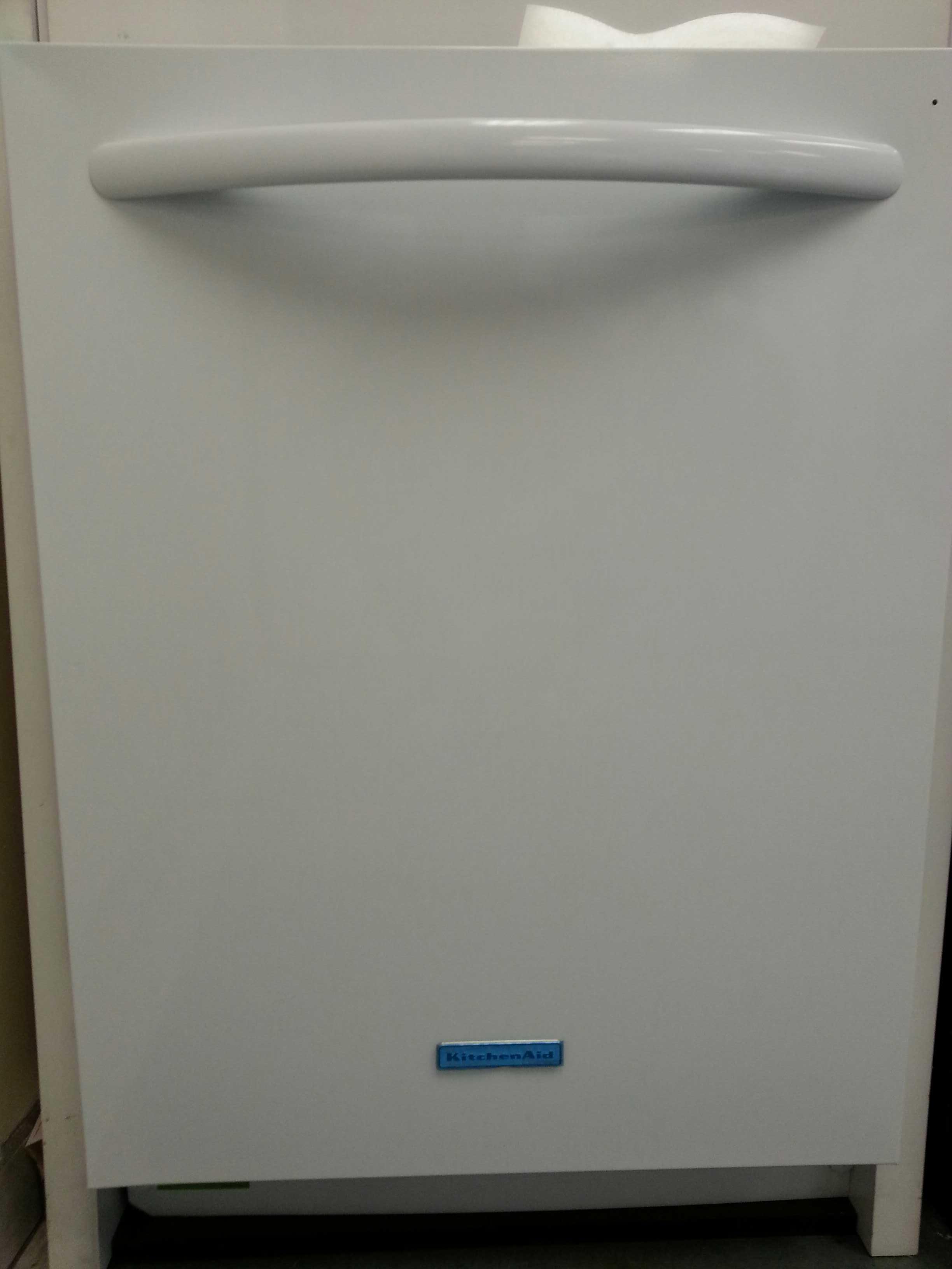 kitchen aid washer cabinets knotty alder 9 kude60fxwh 24 built in dishwasher white