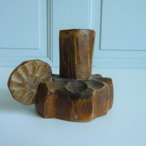 Bougeoir ancien artisanal bois brut