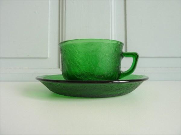 Tasse et sous-tasse Sierra Arcopal verte