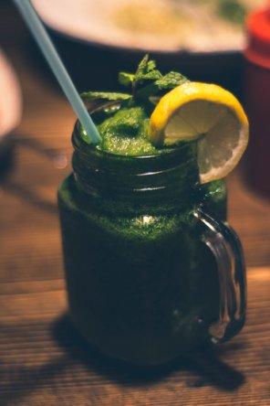 Smoothie verde de ghimbir -Rețeta lui Cavin Balaster 3