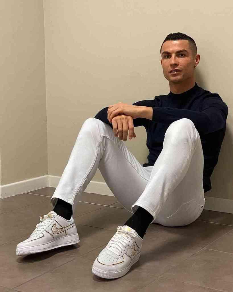 How to make money on instagram   Christiano Ronaldo
