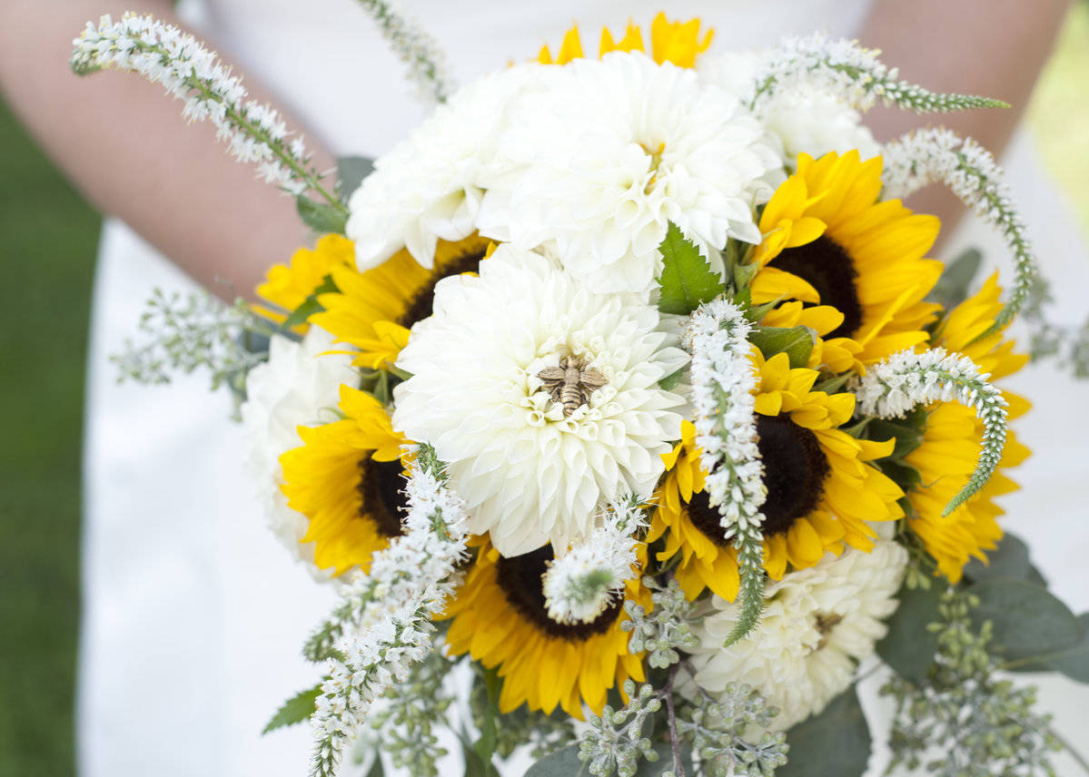 Beautiful Wedding Flowers For Every Season