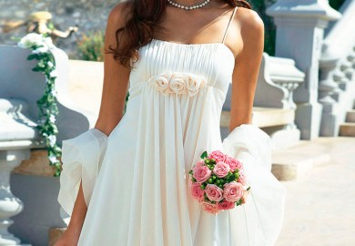 25 Beautiful Beach Wedding Dresses