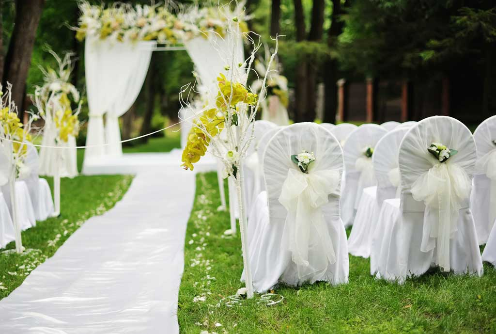 metal chair covers wedding classic balance ball 35 outdoor decoration ideas