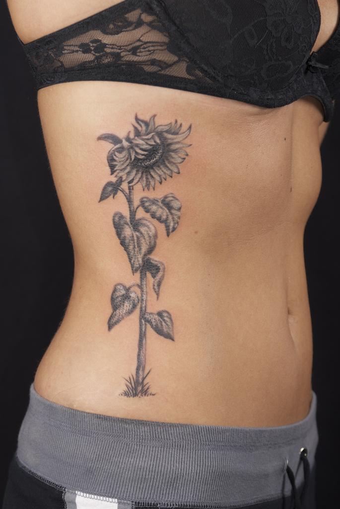 Sunflower Tattoo Tumblr : sunflower, tattoo, tumblr, Inspiring, Sunflower, Tattoo, Designs