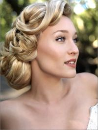 1940s Hairstyles For Womens To Try This Year