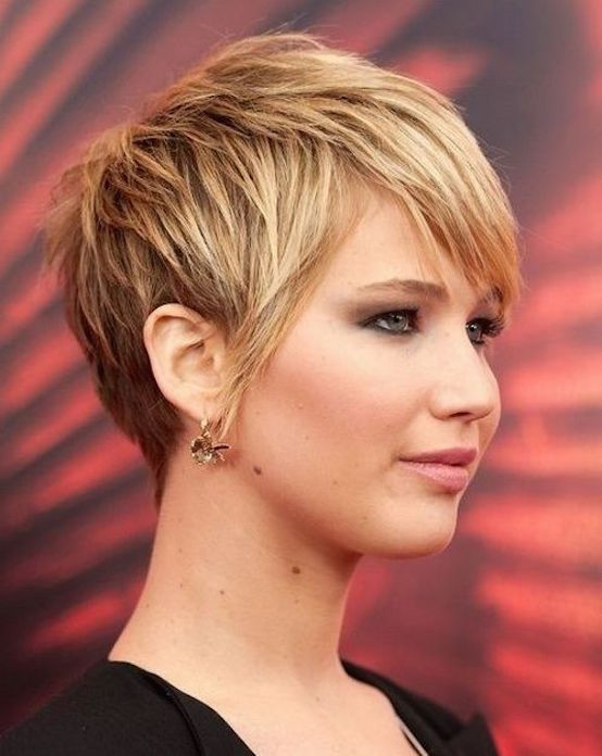 21 Cute Short Hairstyles For Round Faces Feed Inspiration