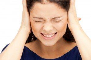Почему глохнет одно ухо и как это вылечить? Слух в пожилом возрасте: причины ухудшения и лечение