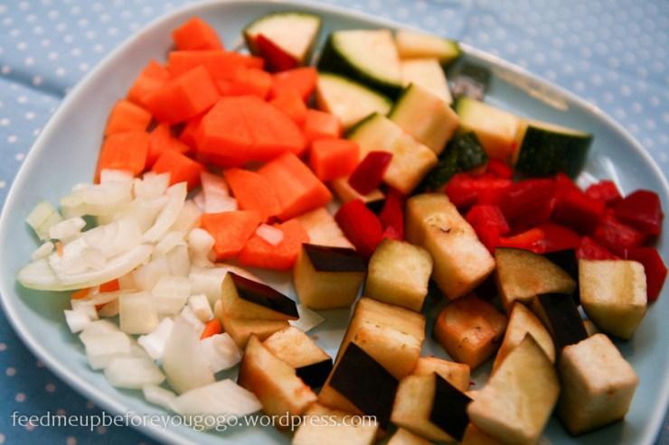 Klein geschnittenes Gemüse für Ragout