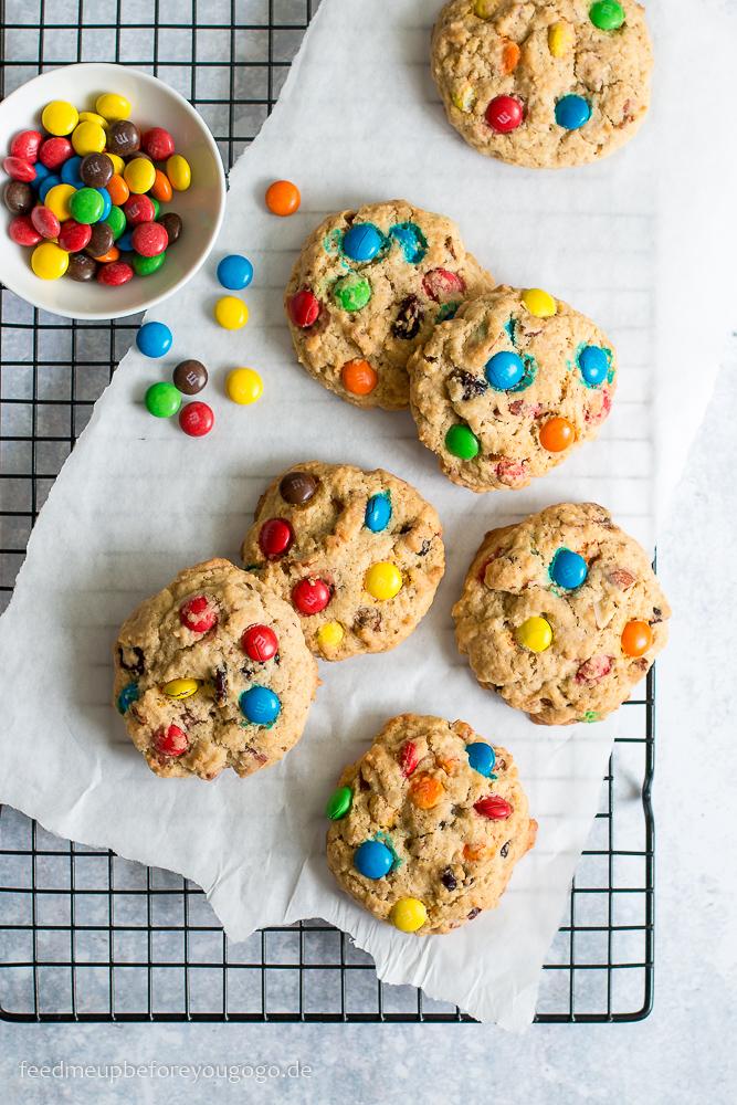 Amerikanische M&M-Cookies mit Haferflocken und Cranberrys Rezept