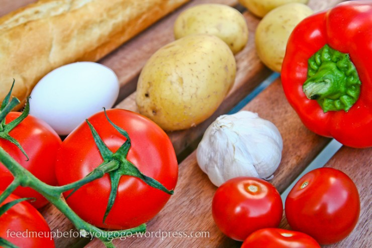 Zutaten Tomaten Kartoffeln Knoblauch