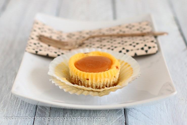 Mini Cheesecakes mit Salzkaramell -3