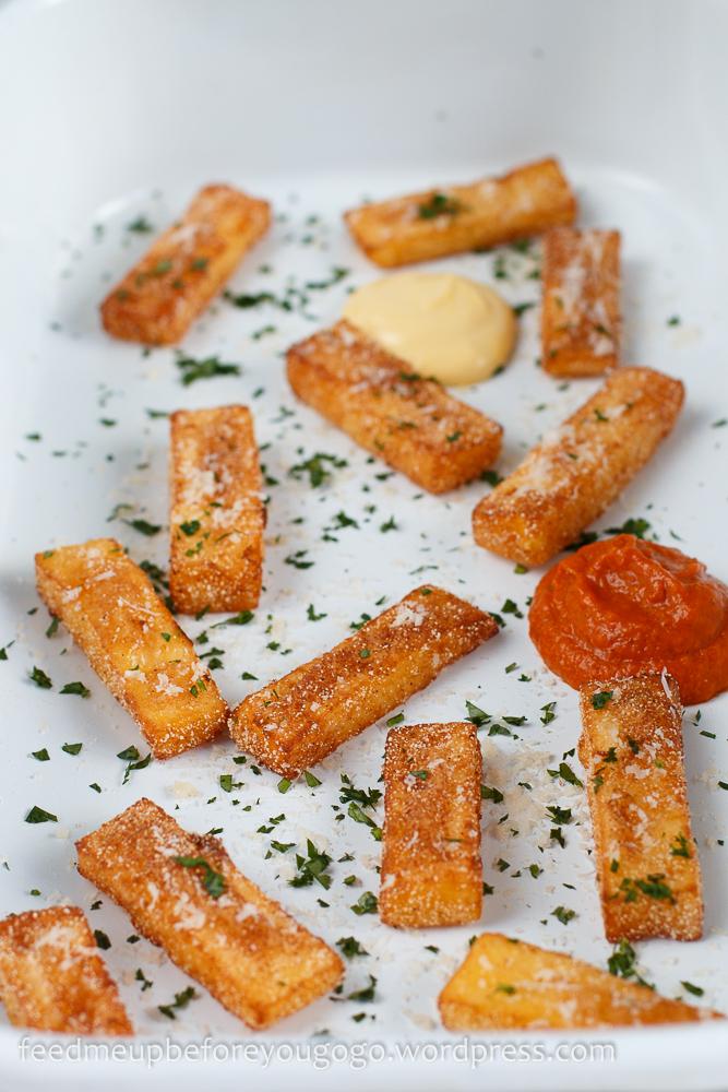 Polenta-Pommes mit Aioli und Tomaten-Apfel-Soße Rezept Feed me up before you go-go-1