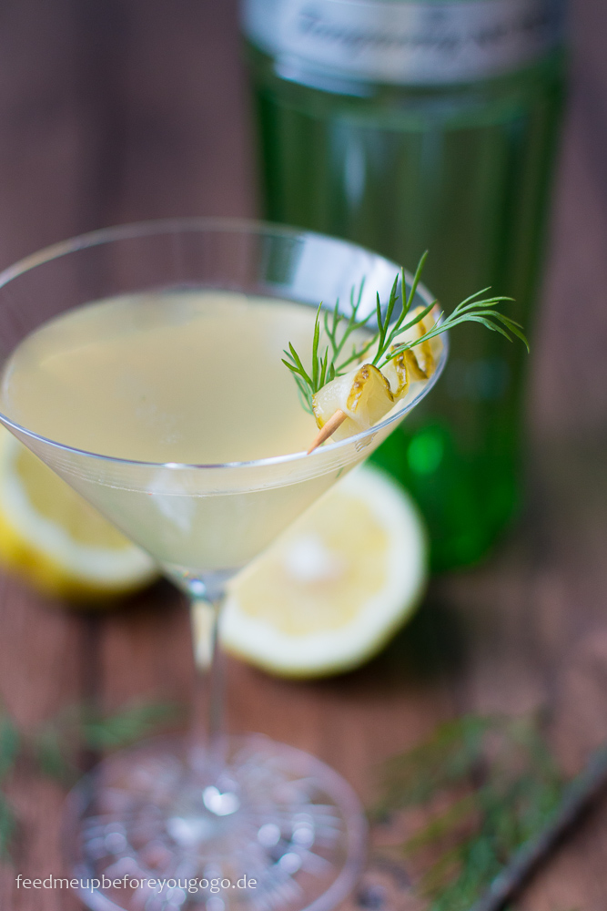 Dill or no Dill Cocktail mit Gin Gurkenwasser Dill Rezept Feed me up before you go-go