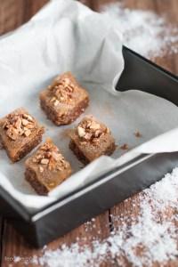 Weihnachtliches Baklava mit gebrannten Mandeln und Zimt Rezept Feed me up before you go-go
