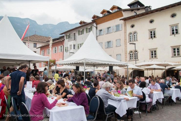 Kalterer Weinkulinarium Kaltern Südtirol Italien Feed me up before you go-go