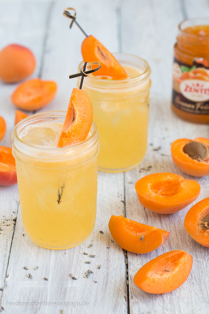 Aprikose-Mandarine-Lavendel-Mocktail mit Konfitüre Rezept Feed me up before you go-go