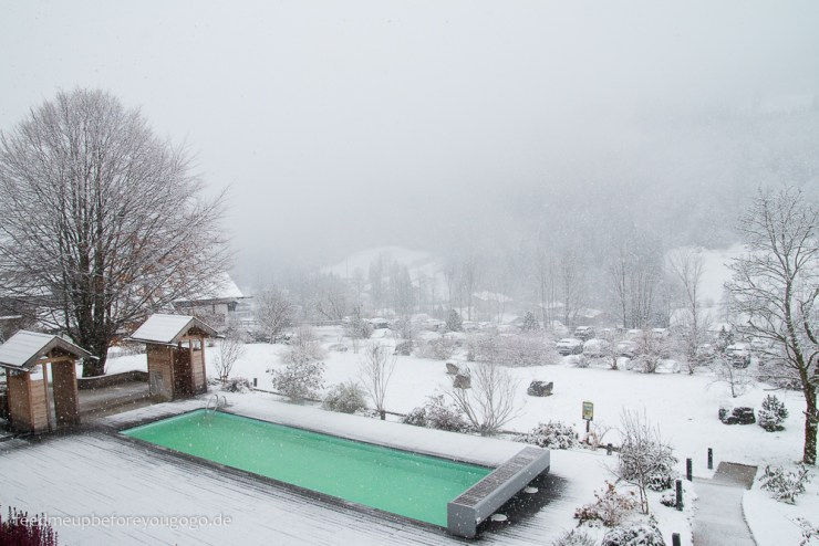 Berghotel Rehlegg Ramsau Pool Berchtesgadener Land Winter Schnee Feed me up before you go-go