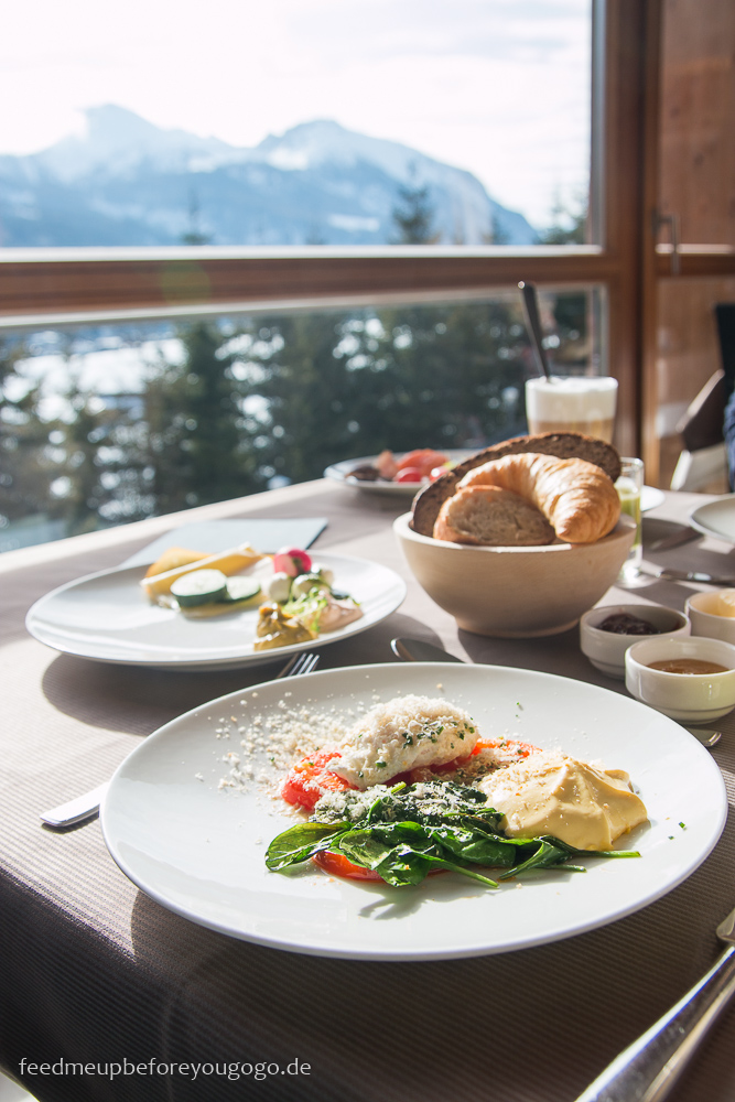 Das Kronthaler Hotel Eggs Benedict Frühstück Achenkirch Tirol