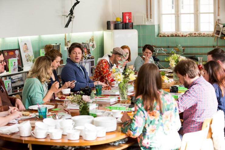Frühstück mit Jamie Oliver © DK Verlag, Foto Yves Krier