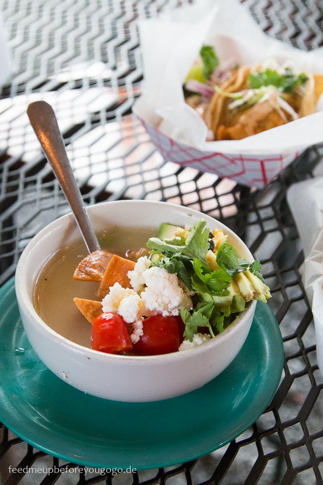 Mexikanische Suppe Mas Tacos por Favor Restaurant East Nashville kulinarische Tipps