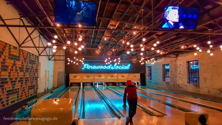 Nashville Pinewood Social Bowling kulinarisch durch Nashville