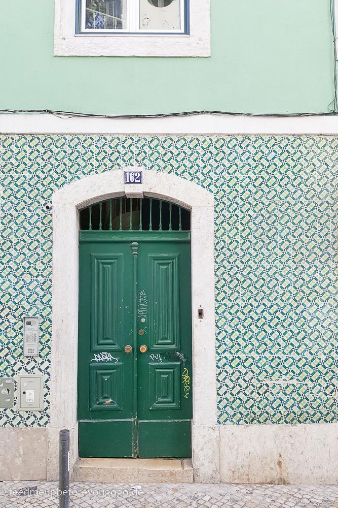 Lissabon kulinarische Tipps Hausfassade Azulejos