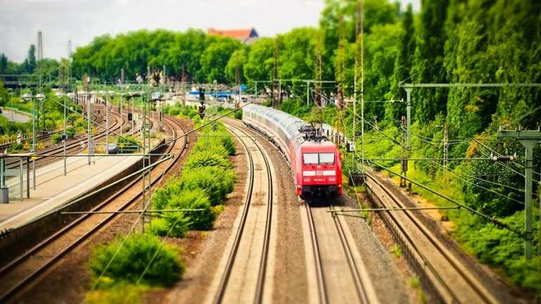 10 Best Ways To Spend Your Time In The Train