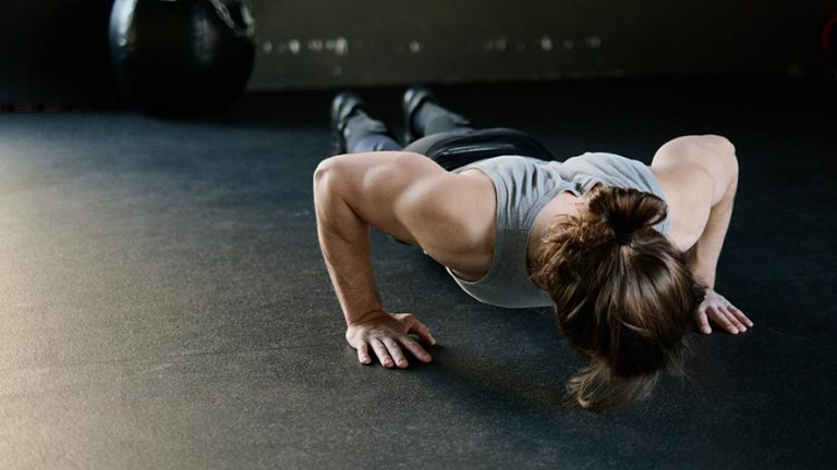 7 Benefits and 8 Types of Push-Ups