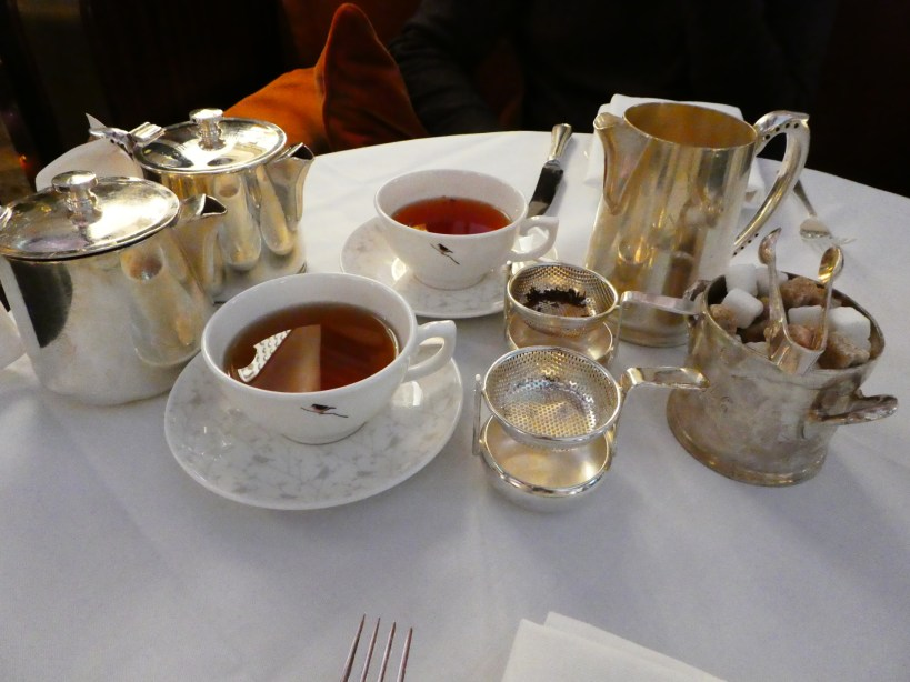 birdcage-afternoon-tea-at-sheraton-grand-london-park-lane