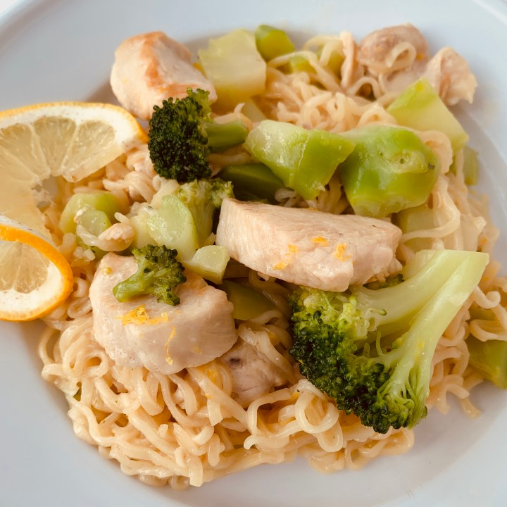 Lemon Ramen Chicken Stir Fry