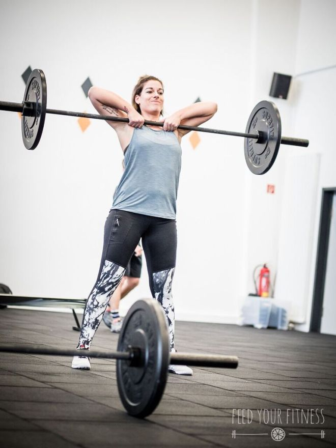 Valentinstag CrossFit Sumo Deadlift High Pull