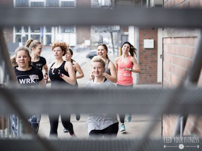 CrossFit Bloggertreffen von FEED YOUR FITNESS läuft