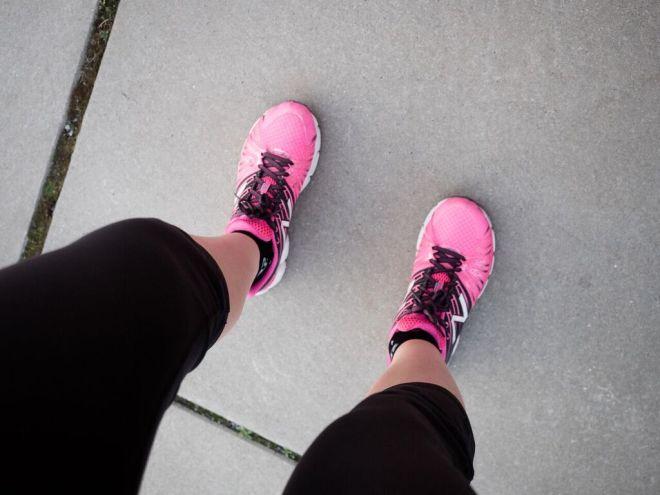 Richtig laufen lernen. Mit Laufschuhen in den Frühling.