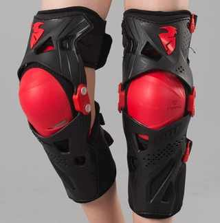 Thor Force XP Knee Guards Black Red Youth