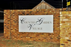Country Garden Village 15 is a 2-Bedroom Townhouse For Sale in Pierre van Ryneveld Centurion by Feel-at-Home Properties