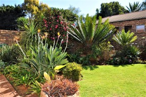 De Montille is a 2-Bedroom Simplex Townhouse For Sale in Die Hoewes Centurion by Feel-at-Home Properties