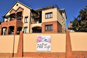Hilltop Lofts 58 Bachelor Loft Apartment For Sale in Carlswald Midrand by Feel-at-Home Properties