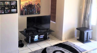 Colnbrook 53 is a 2-Bedroom Apartment To Let in Noordwyk Midrand by Feel-at-Home Properties