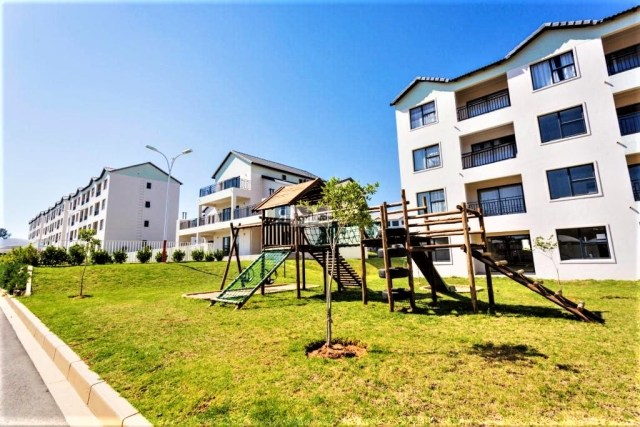 The West End 437 is a Fully Furnished 2-Bedroom Apartment To Let in Carlswald Midrand by Feel-at-Home Properties