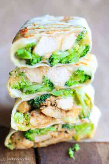 These Cheesy Chicken and Broccoli Wraps are da bomb! They're super easy to prepare, only need a few ingredients and are certainly a family favorite!
