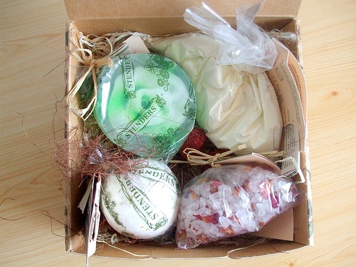 Handmade Holidays Five Homemade Bath And Body Products