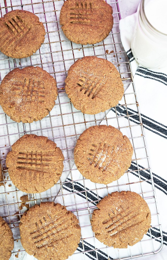 Healthy Low Carb Almond Butter Cookies