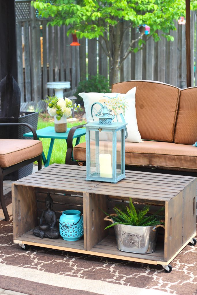 diy outdoor crate coffee table with