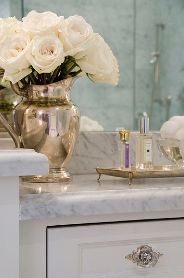 Relaxing Flowers Bathroom Decor Ideas That Will Refresh