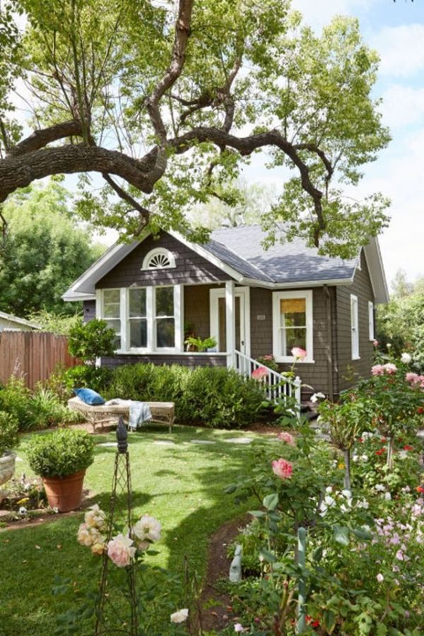 great backyard cottage ideas