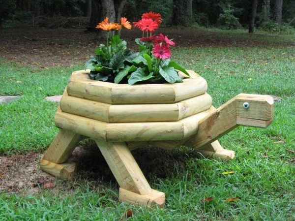 wooden garden features that are simply amazing