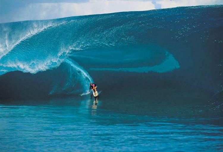 laird hamilton teahupoo surfing giant wave big