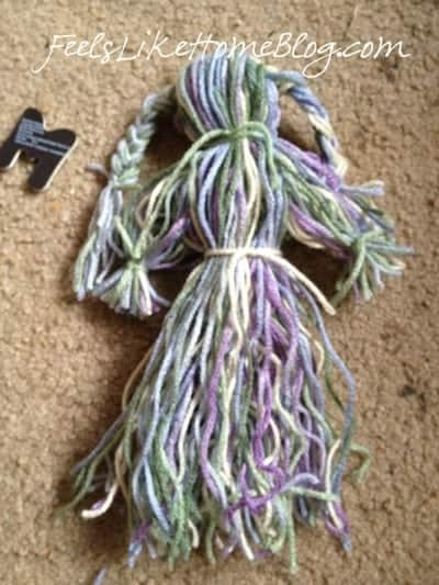 how to make a yarn doll