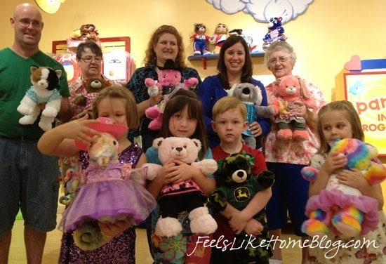 Ideas for the best Build-A-Bear Workshop Birthday Party - Everything from invitations to an awesome cake and favors are included in a birthday party at Build-A-Bear Workshop. The kids loved their animal friends and it's super easy for mom and dad. See what to expect from the beginning to the end and how to prepare ahead of time.